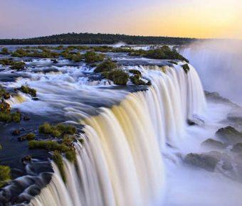 【PPT瀑布背景】創作感的11張PPT瀑布背景模板下載,靜態瀑布風景素材的模板擋