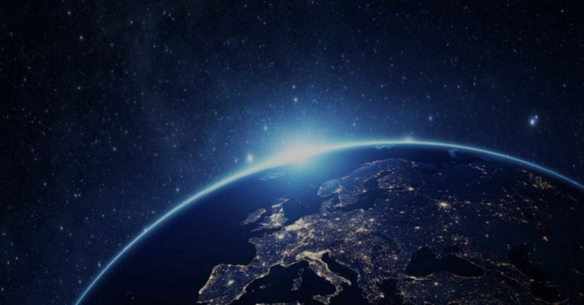 【地球背景圖】齊全的5張地球背景圖模板下載,靜態宇宙主題簡報的下載格式